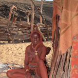 Besuch eines traditionellen Himba-Dorfes in Purros.